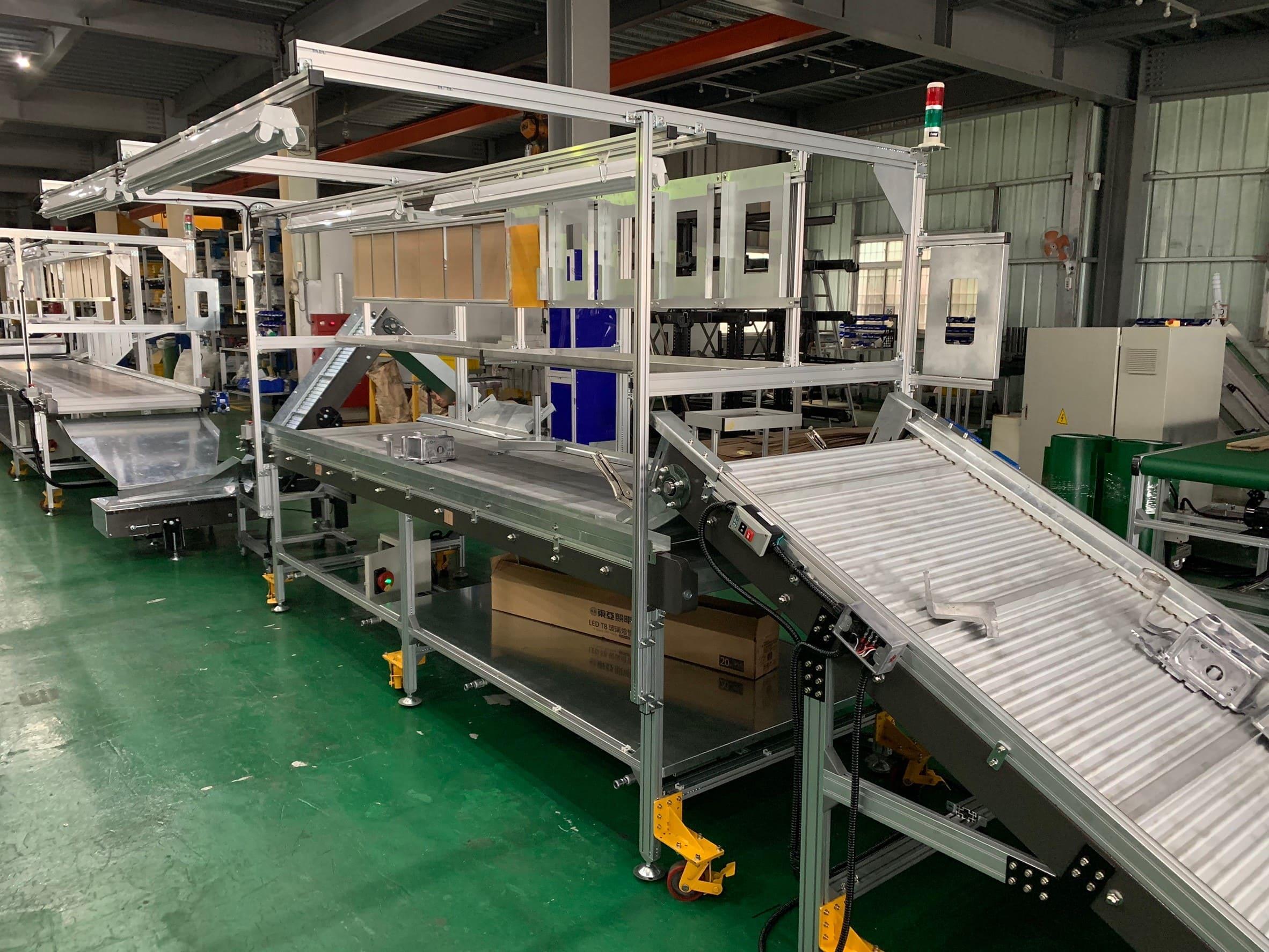 Steel plate type climbing gooseneck aluminum plate belt conveyor-Lichen Conveyor Equipment Co., Ltd.