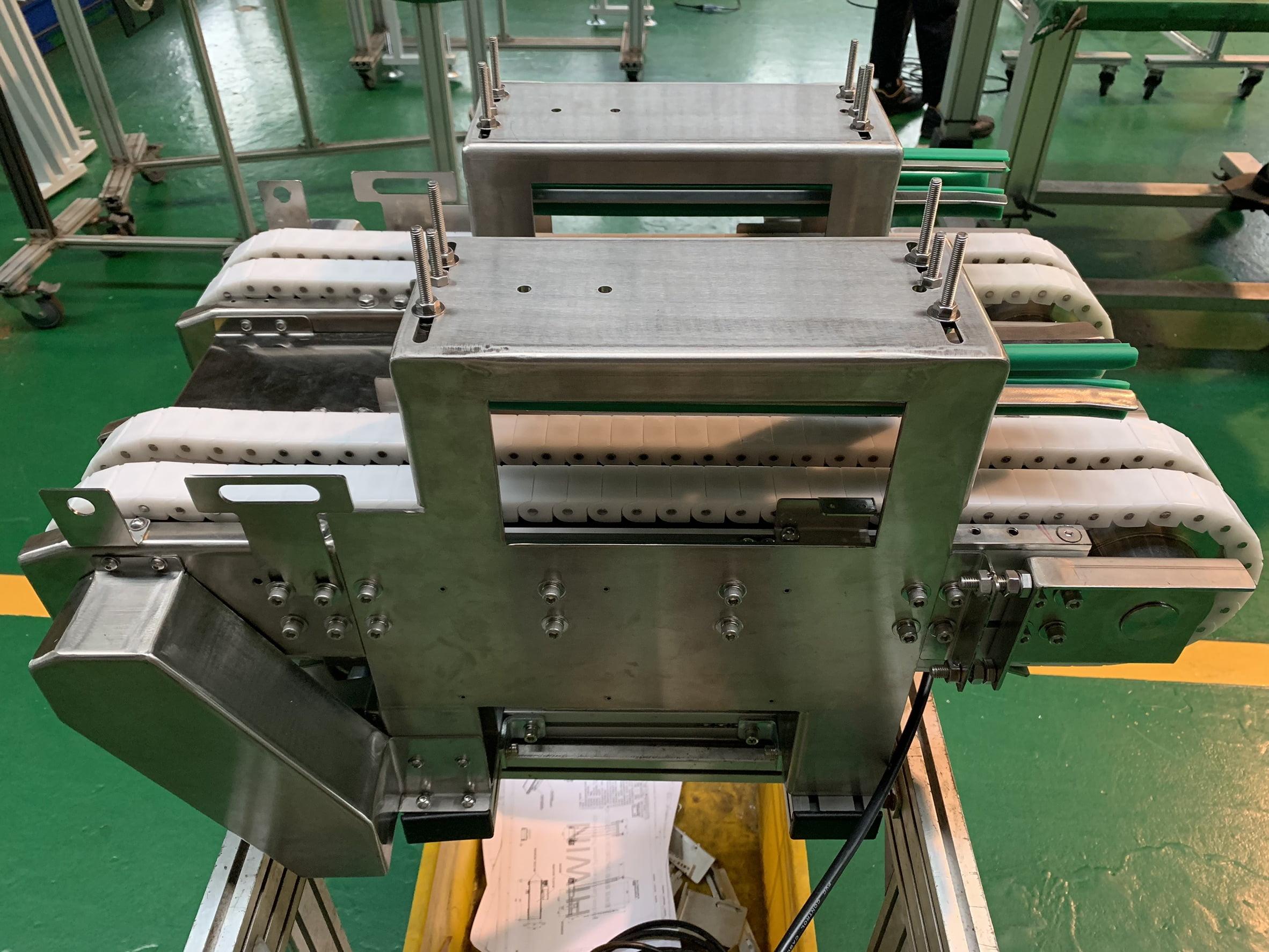 Aluminum extrusion special plastic chain conveyor belt- Lichen Conveyor Equipment Co., Ltd.