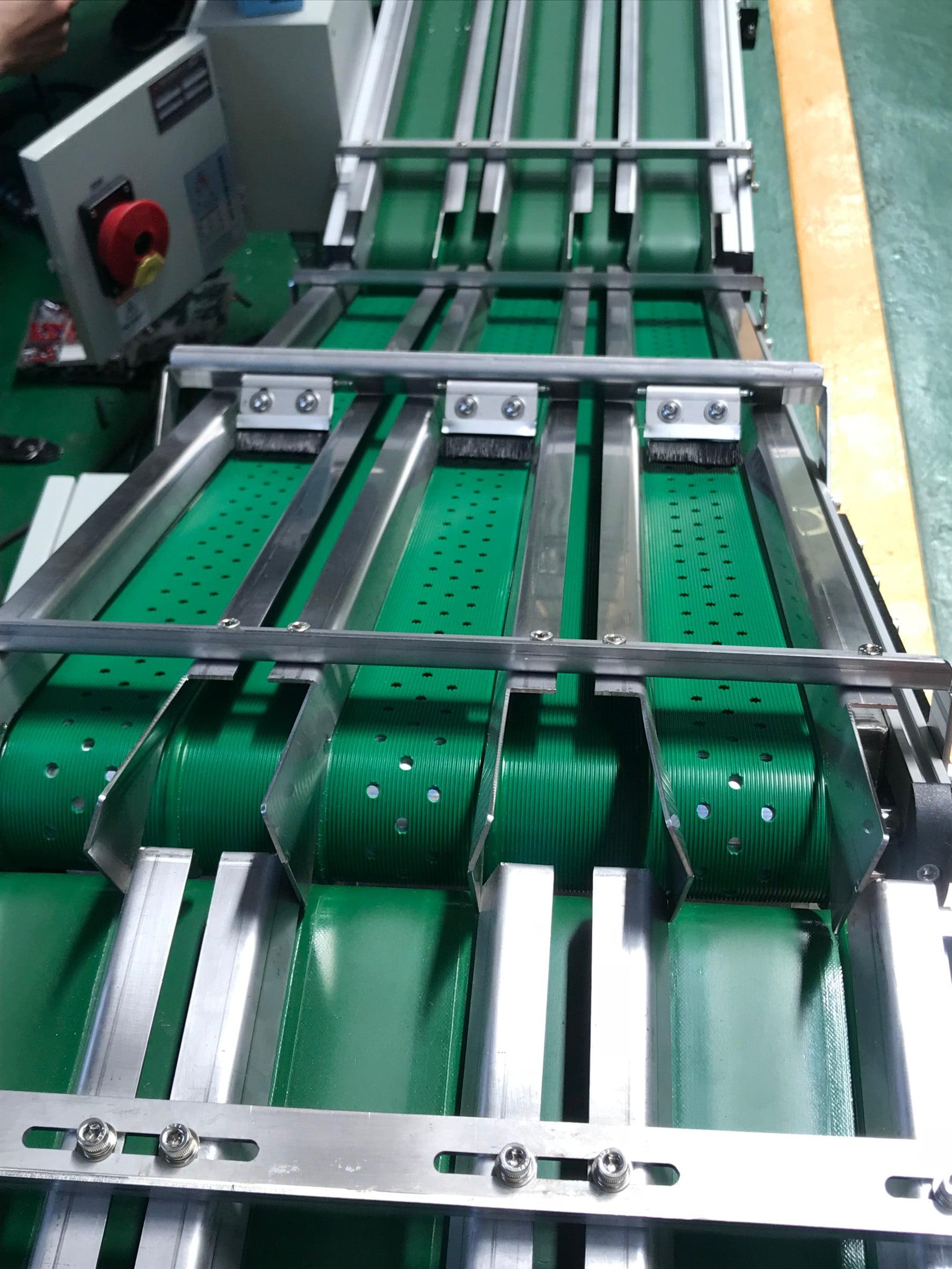 Aluminum Extruded Belt shunt Suction Conveyor -Lichen Conveyor Equipment Co., Ltd.