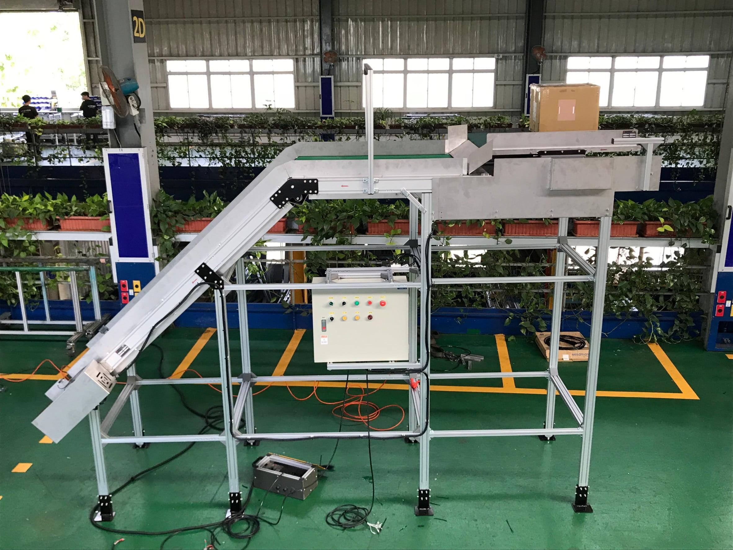 Aluminum Extrusion Belt Traverse Conveyor-Lichen Conveyor Equipment Co., Ltd.