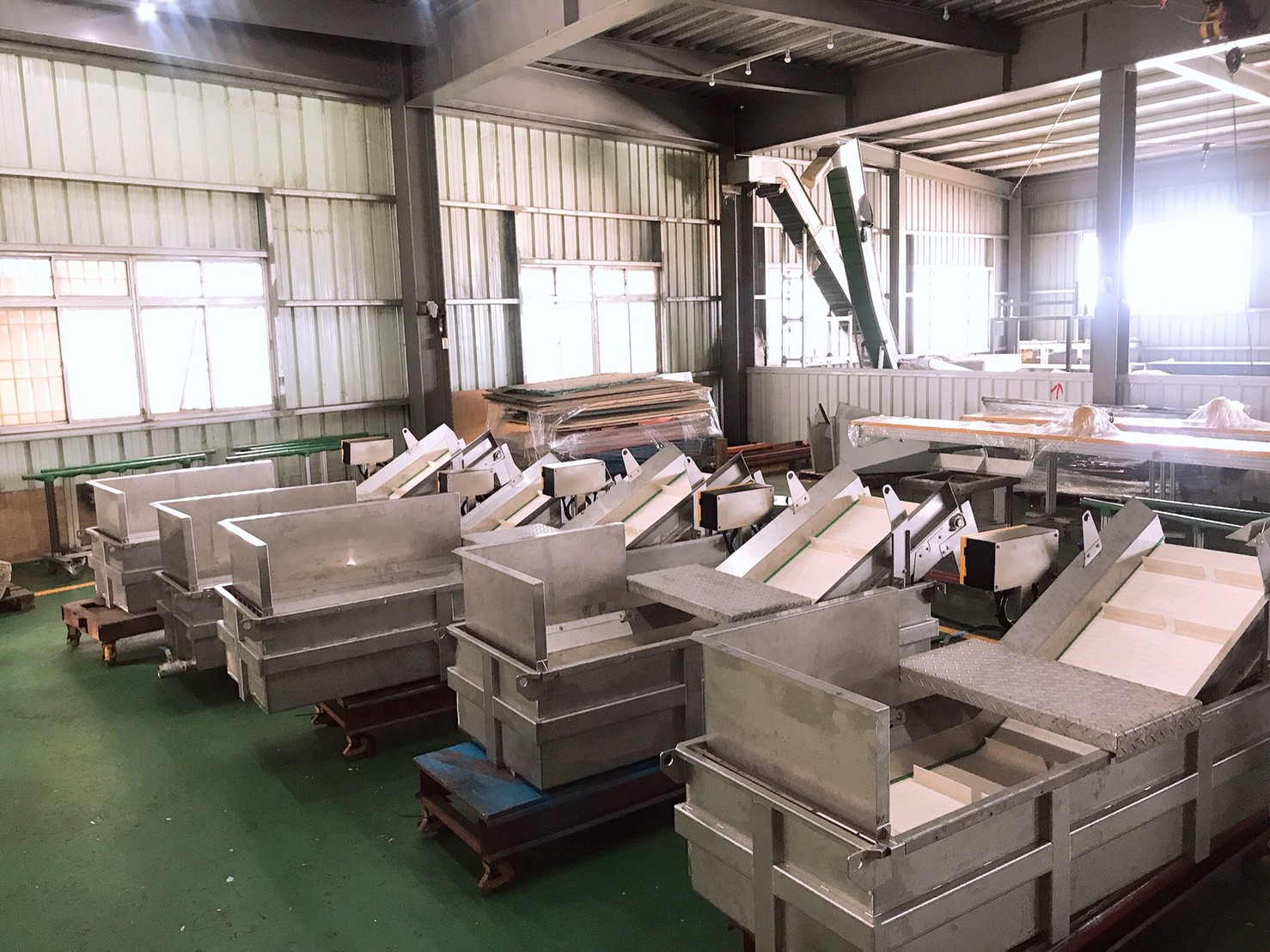 Stainless steel type plastic plate with water-immersed gooseneck conveyo-Lichen Conveyor Automatic Equipment Co., Ltd.